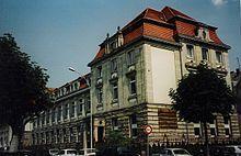 Institut d'études politiques de Strasbourg — Wikipédia