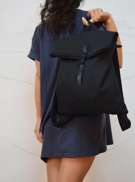 Convertible chic backpack Messenger bag Total black waterproof