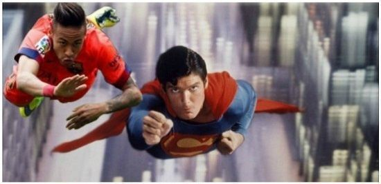 Brazylijczyk postanowił wcielić się w słynnego bohatera komiksów • Neymar lata sobie z supermanem nad miastem • Wejdź i zobacz >> #memes #neymar #football #soccer #sports #pilkanozna #funny