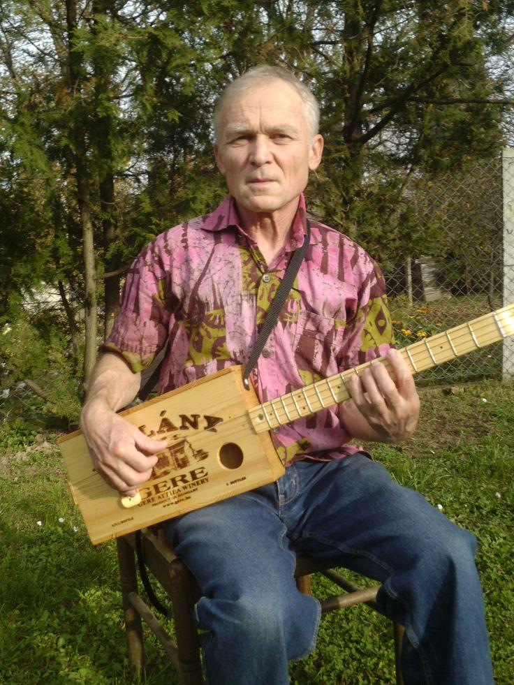 http://www.gitarvilagok.com