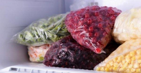 Η συντήρηση τροφίμων στην κατάψυξη βοηθά να εξοικονομήσουμε χρήματα και παράλληλα να μειώσουμε τον όγκο των οικιακών απορριμμάτων. Σύμφωνα με τον βρετανικό