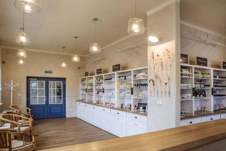 Zákaznické centrum kosmetické společnosti Nobilis Tilia, Vlčí Hora   Infinity Interiér