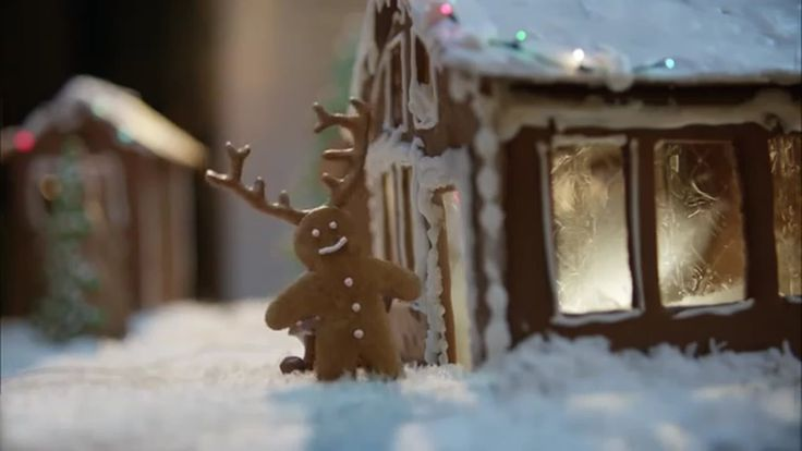 Lowe´s Ginger Deer: Blooper TV Commercial ad advert 2016  Lowe's TV Commercial • Lowe's advertsiment • Ginger Deer: Blooper • Lowe's Ginger Deer: Blooper TV commercial • Doorways can be so tricky.  #Lowes #HomeDepot #Sales #Powerball #GO #stock #home #socialmedia #Yelp #AceHardware #AbanCommercials
