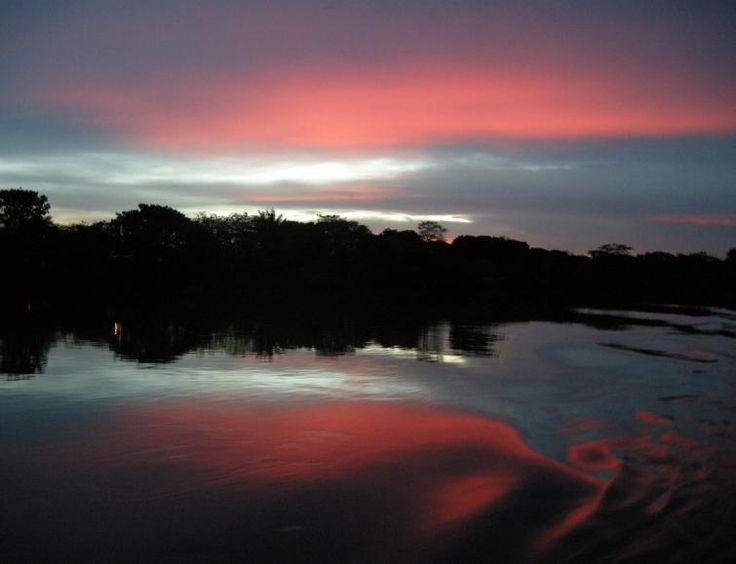 Atardecer en el rio Magdalena