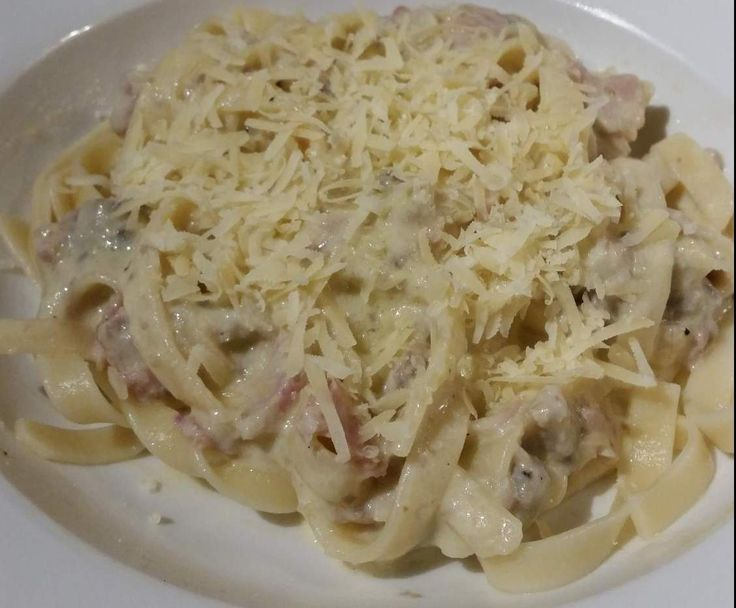 Recipe Creamy Bacon Carbonara by JenJen85 - Recipe of category Pasta & rice dishes