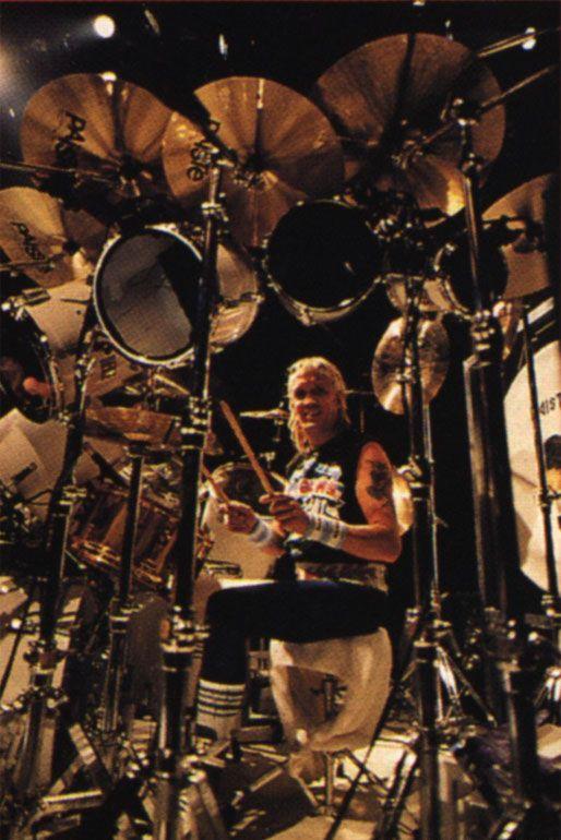 nicko mcbrain iron maiden metal drummers i like iron