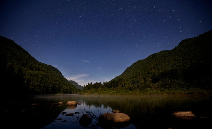 Star photography in Parc National de la Jacques-Cartier. Available from www.fredbeaupre.com via (CC BY-NC-ND).