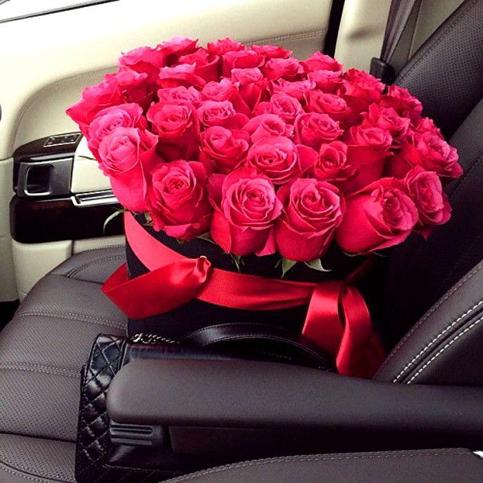Картинки букет роз и машина