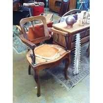 Cadeira De Barbeiro Articulada Antiga Não É Ferrante