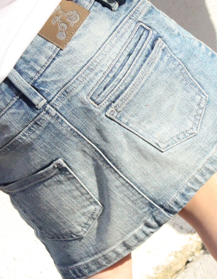 Sunny Skirt in Stonewash