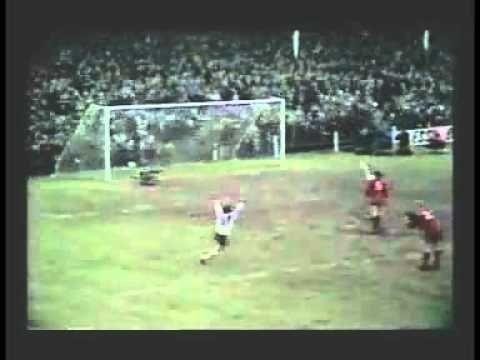 Goal of the season - 1971/72 Ronnie Radford Hereford United v Newcastle United