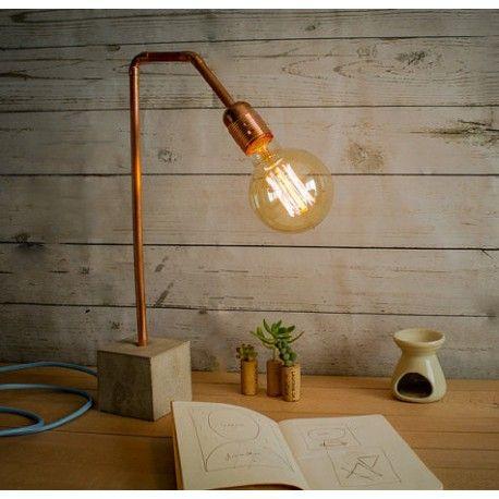 Lámpara de sobremesa cemento y tubo cobre CC02 Euna Designs