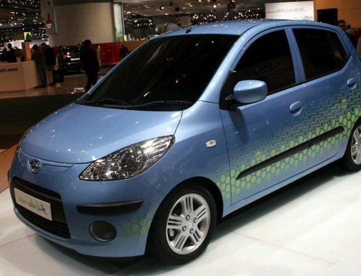 i10 Hyundai review - http://autotras.com