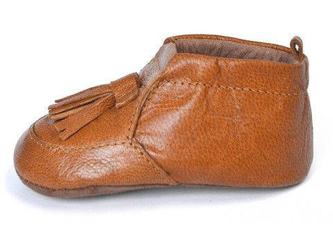 Lapito tasseled leather loafers. Puddle Lapito is handmade baby shoes / pre walkers. Australian designed.