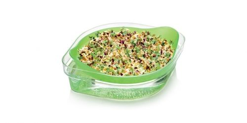Kiełki nasion to prawdziwe źródło witamin, mikroelementów, soli mineralnych oraz składników odżywczych. Świeże kiełki są bogate w białka, kwasy tłuszczowe omega–3 oraz błonnik. Ze względu na ich niską kaloryczność możemy je jeść w zasadzie bez ograniczeń. Teraz, każdy z Nas może mieć świeże kiełki bez wychodzenia z domu! Zapraszamy:) http://www.gadodo.pl/kielkownica-z-nasionami