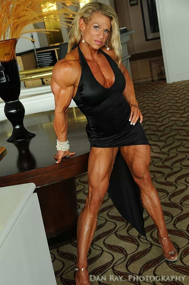 Sexy  Mature Muscle   Female Fitness  Fbb Muscle -4991
