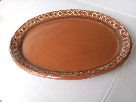 Venta de platos y platones de barro para asar carne o para servir la carne asada. Mexican clay plates.
