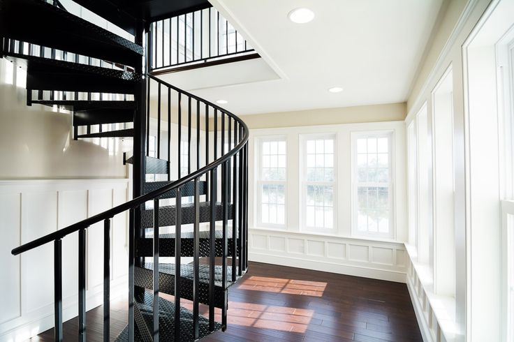 Founded in mylen stairs is an industry leading spiral staircase manufacturer mylen offers economical and premium spiral stairs for all homeowners