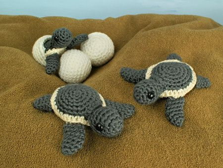 @June Gilbank now has adorable baby sea turtle #crochet patterns for sale