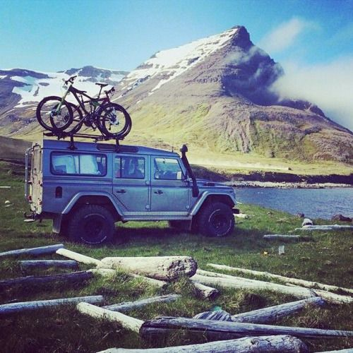I want this vehicle with the bikes in this exact spot getting ready for a ride:) Now that's happiness!