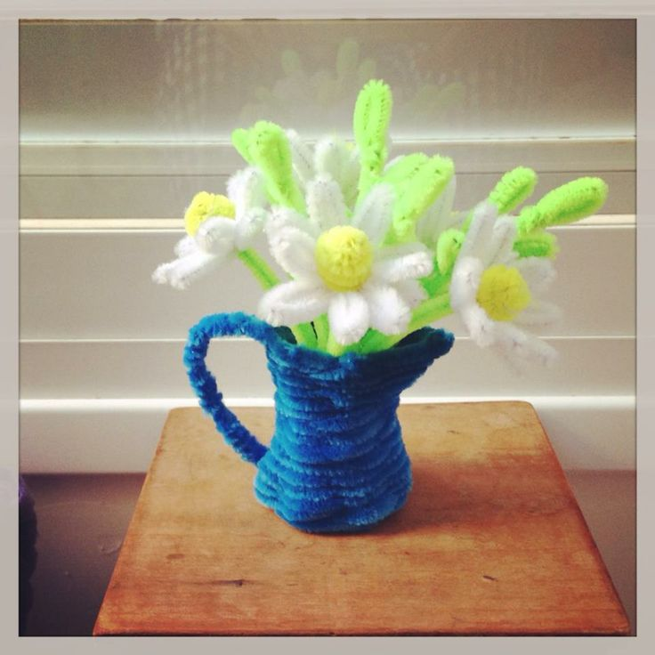 17 best images about pipe cleaner flower bloemen on for Pipe craft