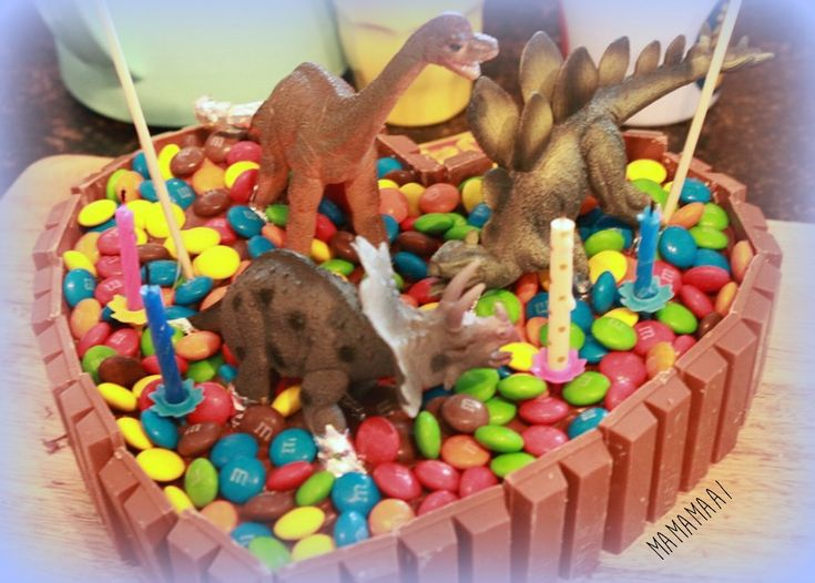 dinosaurus taart diy dino taart jongen kind