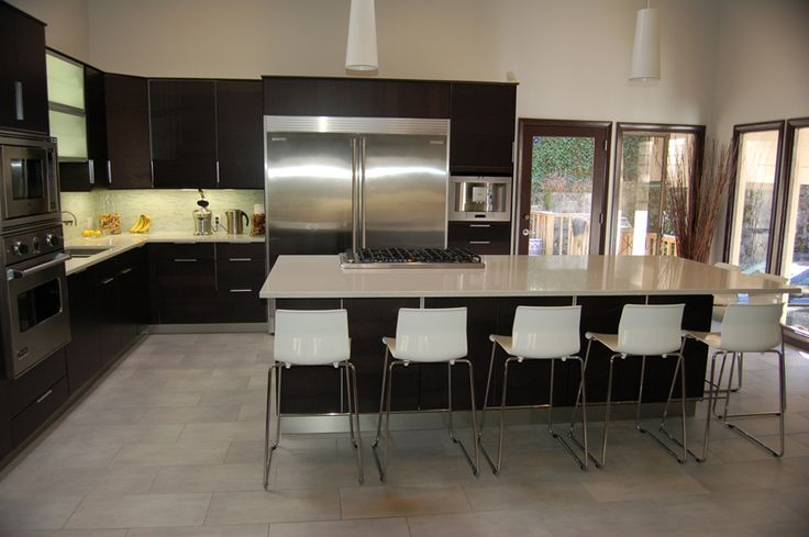 Caesarstone linen 2230 perimeter counters and island with for Very modern kitchens
