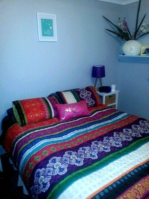 Main bedrooms-pops of colour, fun & romance!