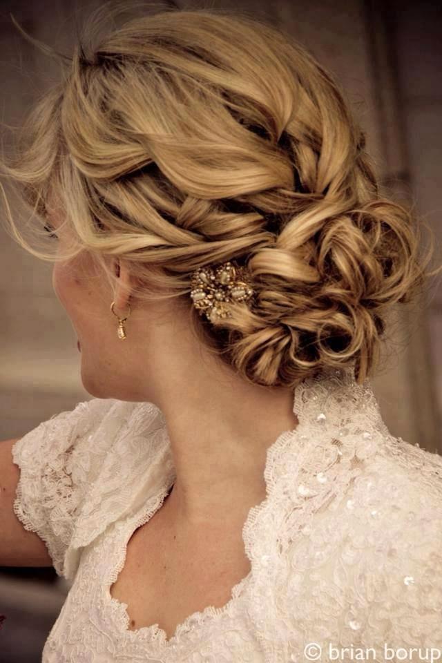http://engelskirchen-hairdesign.de/works-arbeiten-bilder-salon-siegburg/damen/brautfrisuren-hochzeits-frisuren-hochsteckfrisuren-flechtfrisuren/