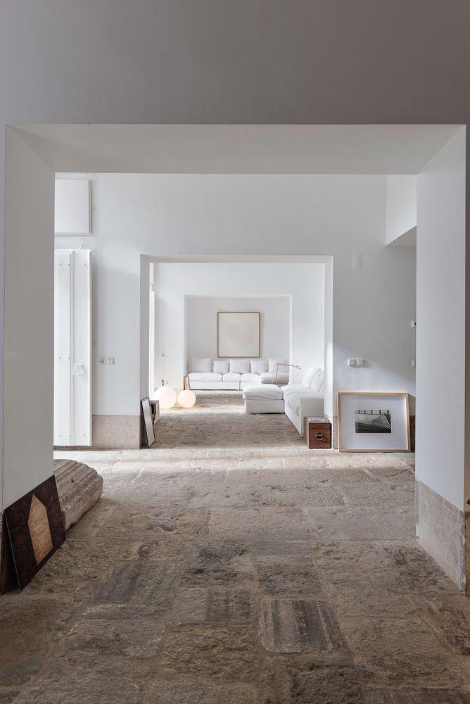 Architectural Photographers: Ricardo Oliveira Alves,S. Mamede House / Aires Mateus. Image © Ricardo Oliveira Alves