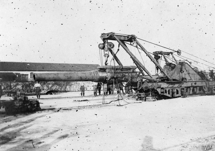 "WWI covered live on Twitter: ""Part 1 - French 240 mm railway gun assembling on its truck at Mailly-le-Camp Apr 5 1916 https://t.co/bpFJFFuMTg https://t.co/IaUqQSmPd7"""