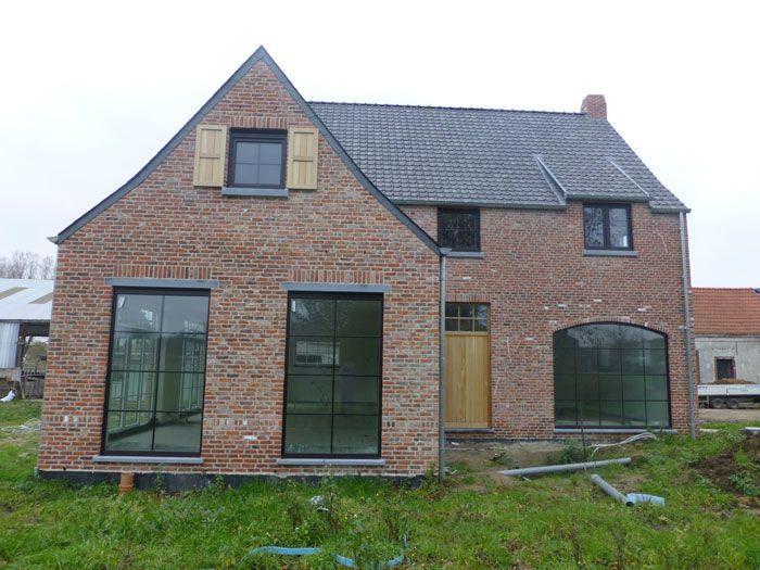 Landelijke woning sleutel op de deur bouwen huisje pinterest landelijk wonen modern - Modern stenen huis ...