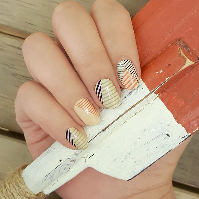 "Show your stripes with ""Hello Sailor,"" a nautical nail art design of multicolored stripe patterns! ⛵⚓ #incoco #nailart #nauticalnails #stripenails #sailornails #sailorstripes #beachnails #summernail"