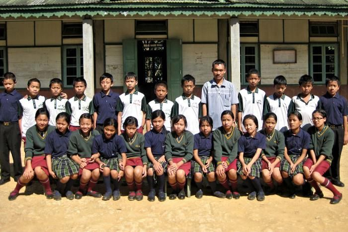 Mizo school zirlai naupangte thlalak. Hnahthial, Mizoram, India