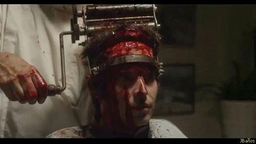 The Horrific Promo for Eli Roth's Goretorium gifs - ¿Ir a la peluquería es un deporte de riesgo?