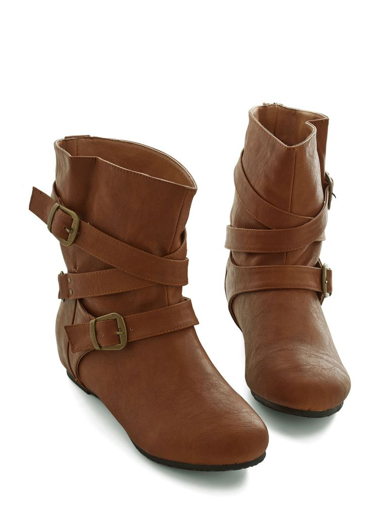 Bring the Flair Boot in Whiskey. Showing off your steadfast style is as simple as stepping into these brown boots. #brown #modcloth