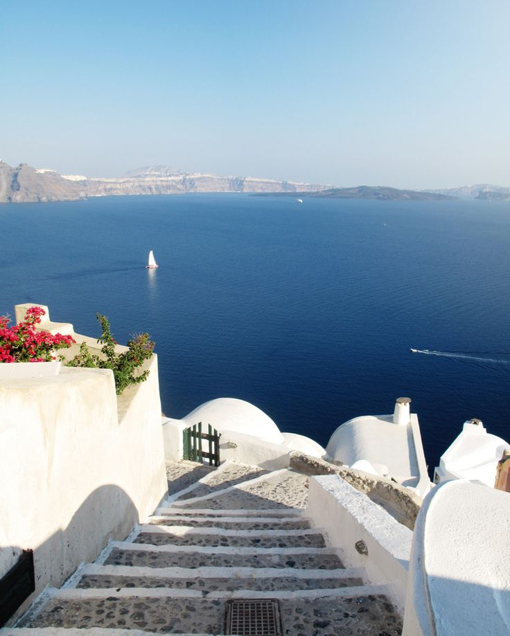 (@archi.traveller) on Instagram: Santorini - Greece. Travel must