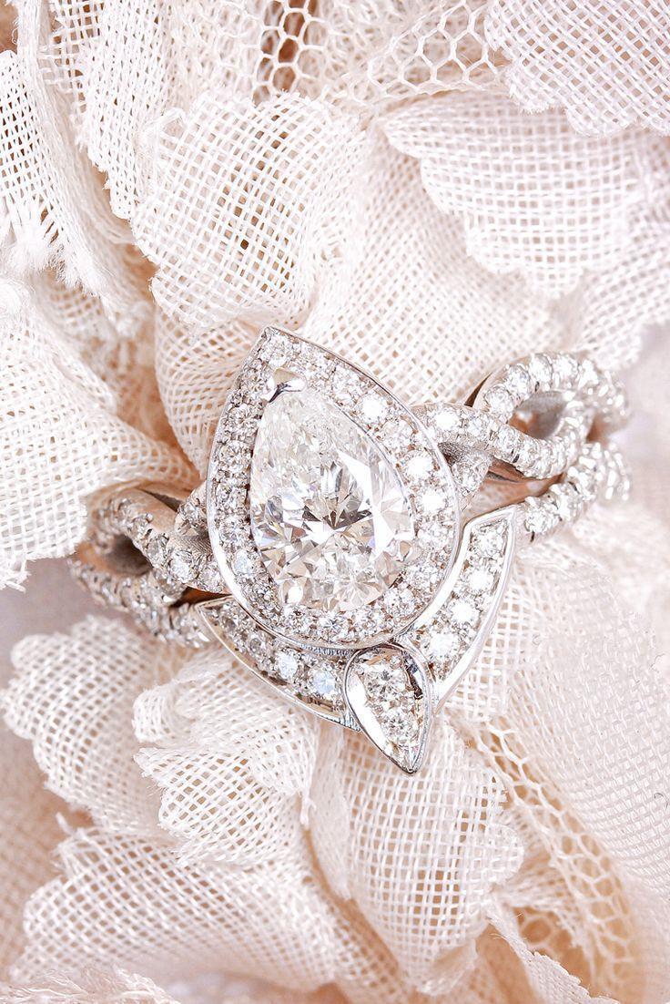 carat pear diamond wedding ring set unique pear diamond halo