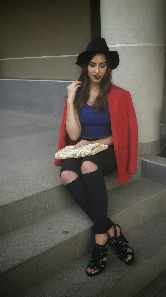 Red blaser with high waisted denim and blue croptop. Worn with gladiator heels and fedora hat. Cloudy Mood by www.feliciadebeer.co.za