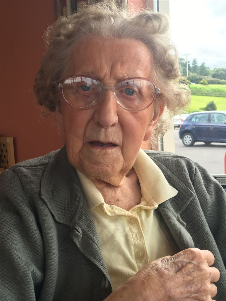Tom Creans only surviving daughter Mary Crean O Brien . 99 years old .