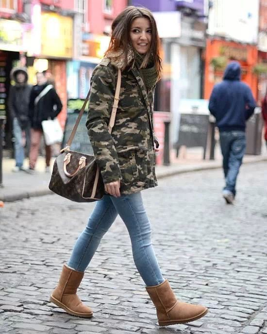 camo jacket skinny jeans and uggs