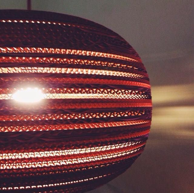 ТОП-5 оригинальных светильников украинских дизайнеров - Картонная люстра Ukraine LaserCraft