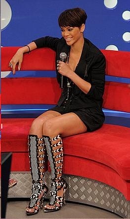 Knee high gladiator boots <3 Rhianna rocks them!  #thestyleKnot