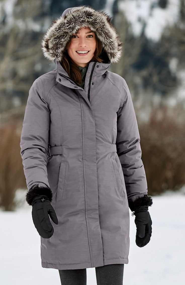 Women's Superior Down Stadium Parka | Complete weather protection, from heavy rain to freezing snow. This stadium parka provides extra length, and features our WEATHEREDGE® technology, making the shell waterproof and breathable.