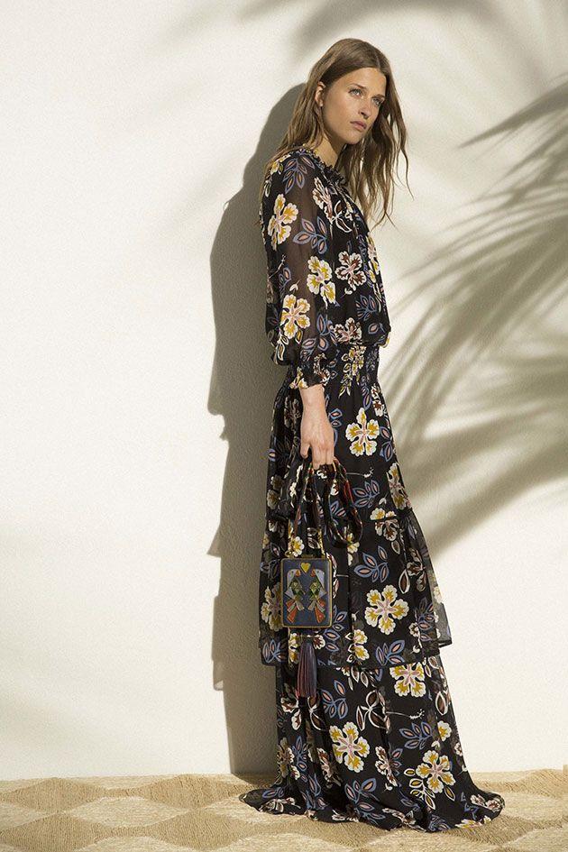 Tory Burch buscou na infânciaa inspiração pra coleção de pré primavera-verão 2017 da sua marca... Mais