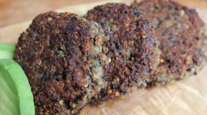 spicy black bean and quinoa cakes | ~Healthy food etc.~ | Pinterest
