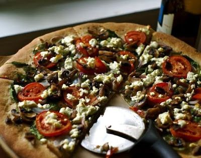 Spinach and Goat Cheese Pizza - Budget Bytes