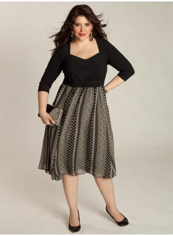 Plus Size Dress at www.curvaliciousclothes.com ♥
