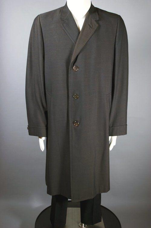 Late 1950s early 1960s sharkskin topcoat Hickey-Freeman mens coat L