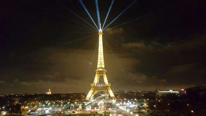 París, Francia De Noche